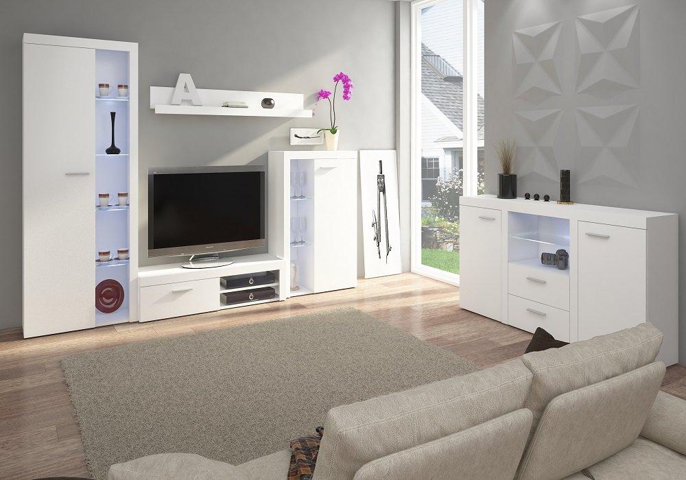 Biela komoda Rochester v obývačke