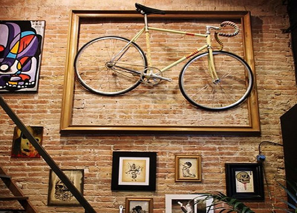 Bicykel na stene