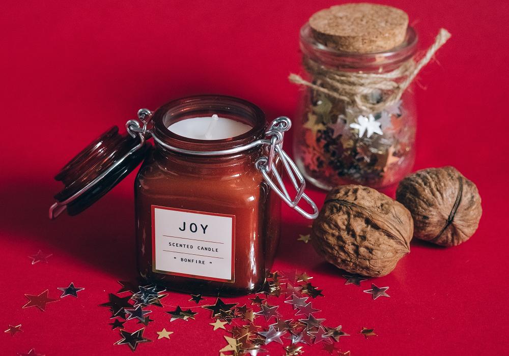 Vianočné sviečky  a ozdoby