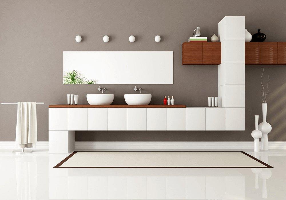 Moderná kúpeľňa s bielym nábytkom