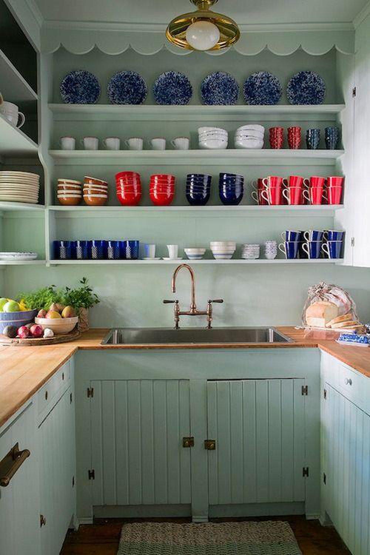 Kuchyňa s policami