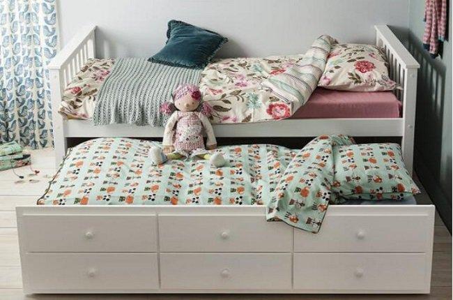 Borovicová posteľ Austin