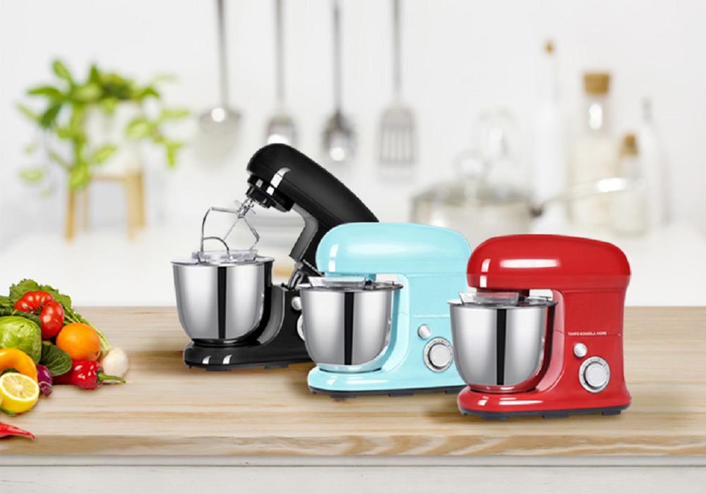 Kuchynské roboty Macejko v troch farbách