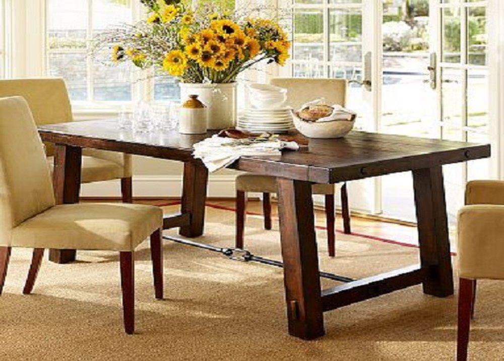 Masívny stôl