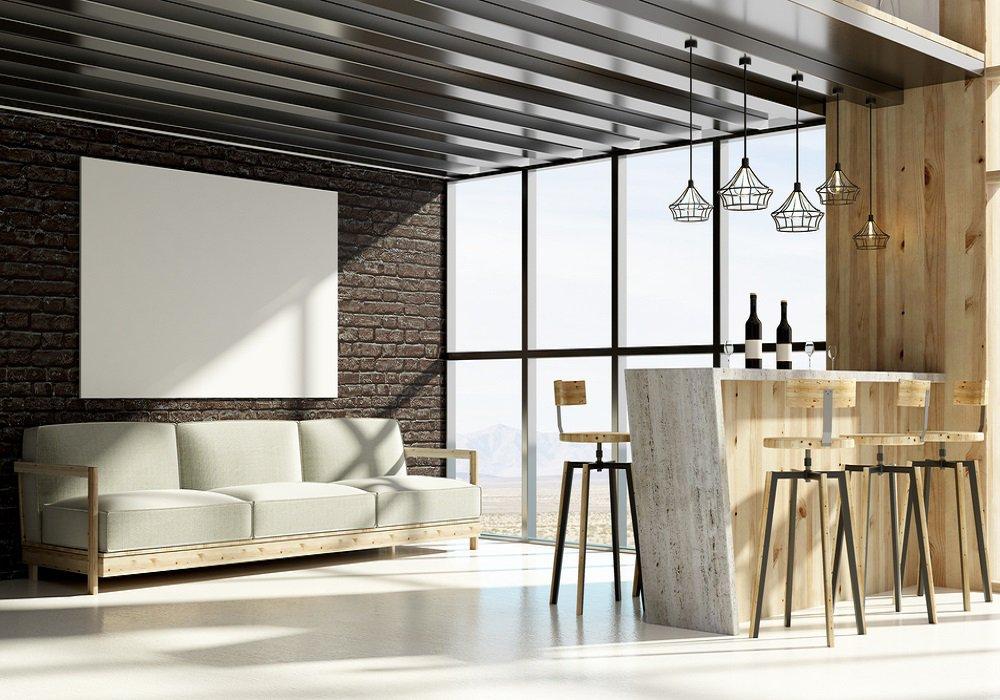 Bývanie v industriálnom štýle so surovými stenami, veľkými oknami a veľkými lustrami