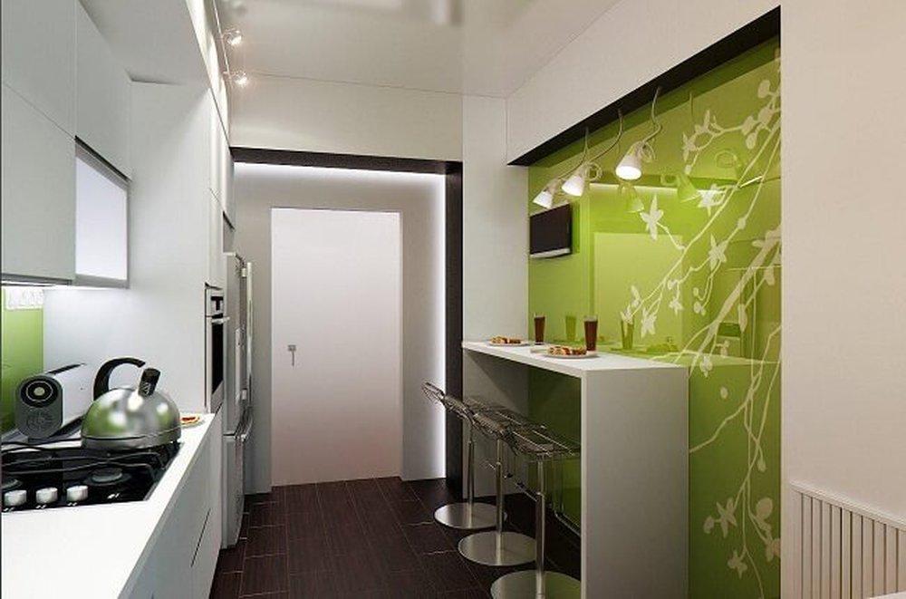 Úzka kuchyňa v zelenom