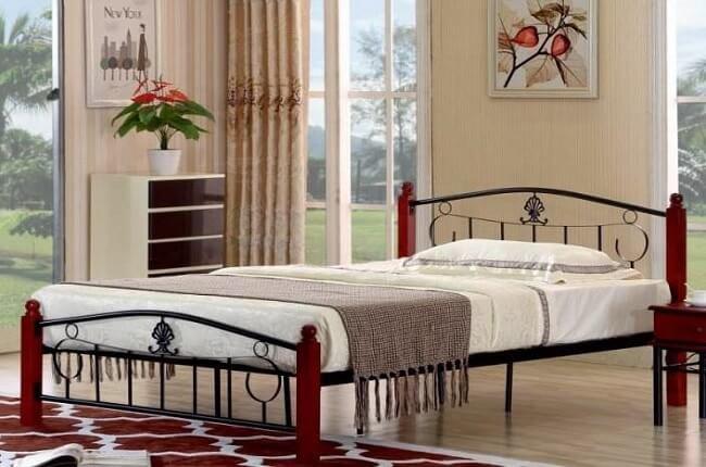 Kovová posteľ Magenta