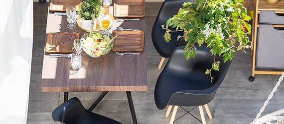 Sivé stoličky do kuchyne a jedálne